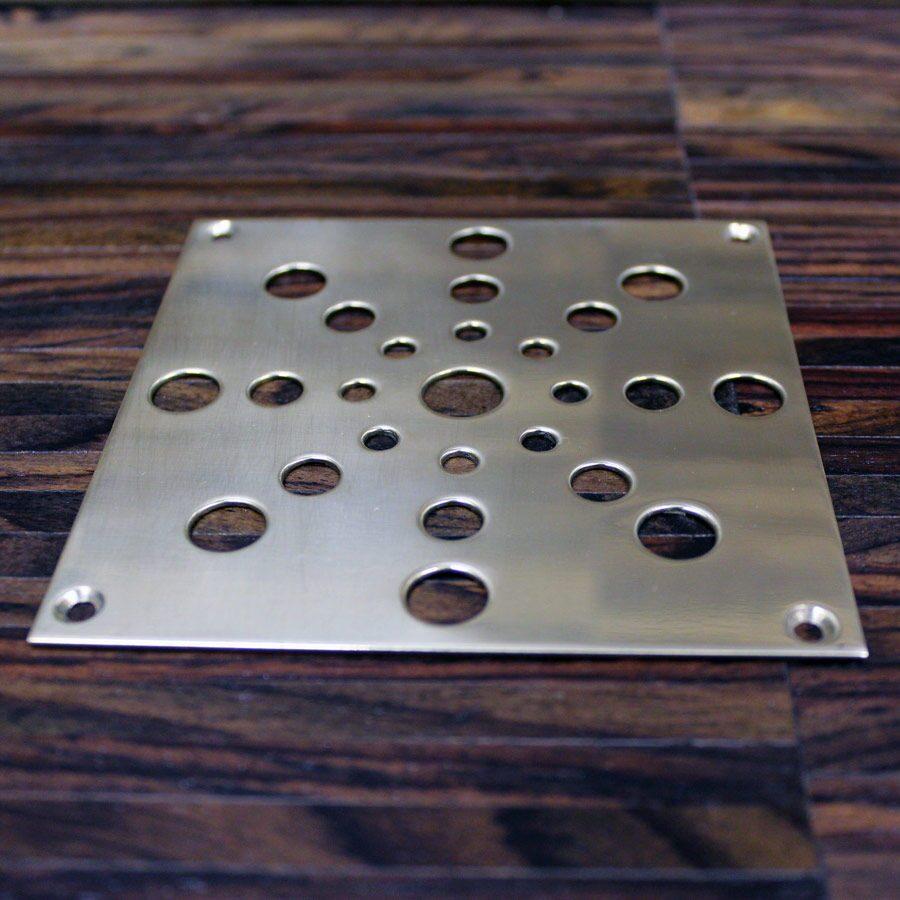 декоративные металлические решетки на пол